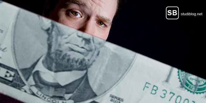 Bild zu den BAföG Überlebenstipps mit Gesicht und Geldschein