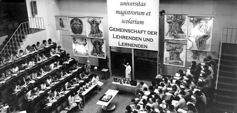 Uni gehört uns: Gemeinschaft der Lehrenden und Lernenden