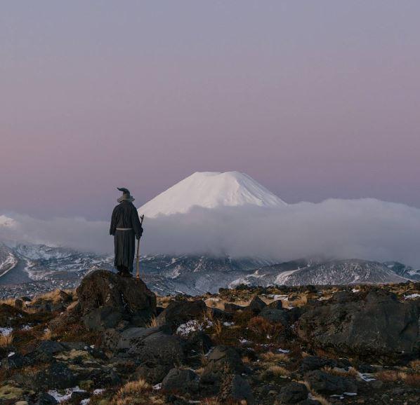 Beitragsbild zu einer Fotostrecke die Gandalf aus Herr der Ringe im Neuseeland-Urlaub zeigt