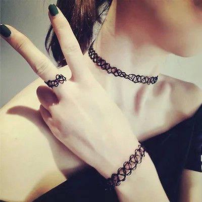 Trends der 90er: Tattoo-Halsband / Choker
