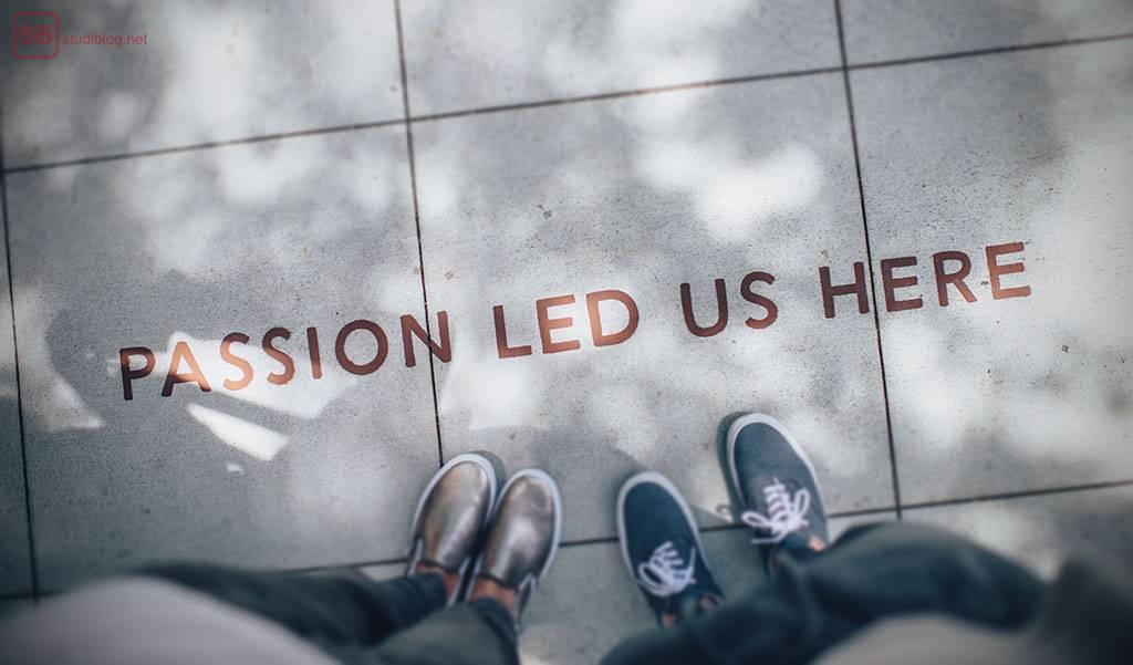 Erfahrung sammeln in Studium: Auf dem Boden steht geschrieben: Passion led us here