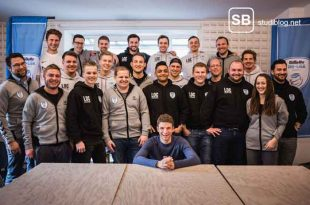 Gillette Uni-Liga Gruppenbild mit Thomas Müller