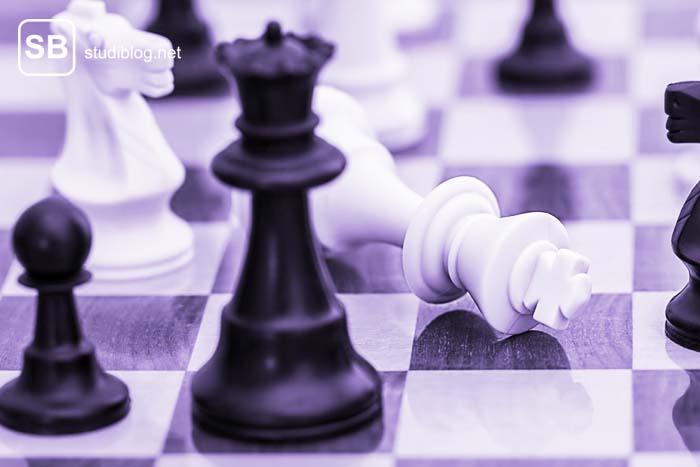 Schachbrett zum Thema wie sinnlos es ist sich zu vergleichen