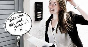 Studentin bei der Wohnungsbesichtigung