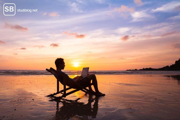 Abenteuer und Arbeiten am Strand