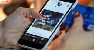 Virtuelle Geschenke - Handy mit Kreditkarte